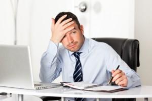 solución_empresario_headrenting headrenting: una solución para empresarios Caso de éxito: El head-renting como solución para el empresario iStock 000016457044 ejecutivo frustrado 300x199